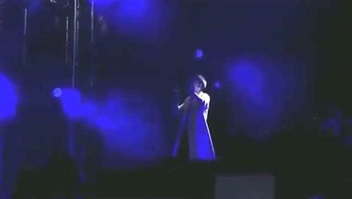 张杰一首《星星》震撼全场,这样的爆发力简直要超越星星原唱了