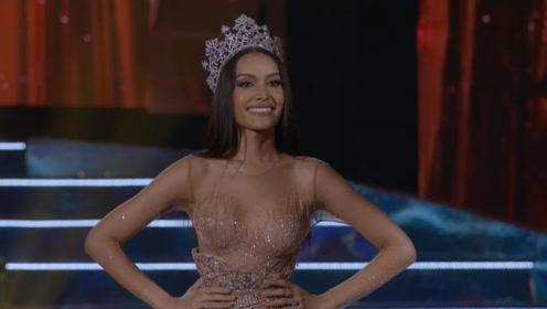 新一届泰国女神登上秀场,明媚的笑容,宛如春风温暖四季!
