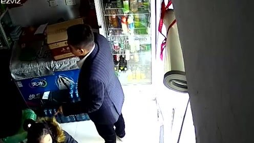奇葩!男子买箱价值6100元的五粮液, 留下7岁多的女儿抵账?