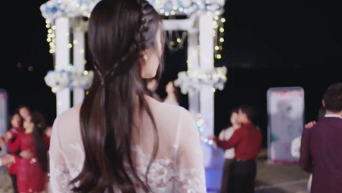 小娇妻参加好友婚礼,一袭白色礼服惊艳亮相,总裁眼睛都离不开啦