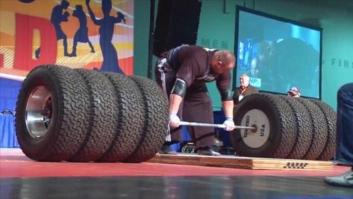 大力士霸气硬拉1000斤的轮胎,拉起来的瞬间口鼻出血,浑身颤抖