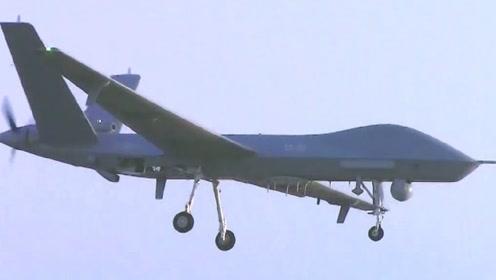 翼龙-2最新照片曝光:机腹下多了新的东西,F-22要担心了?