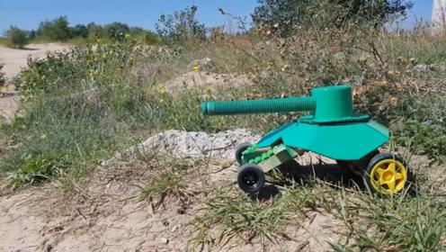 外国牛人用冰棍制作坦克,360度旋转可遥控,网友:太有才了!