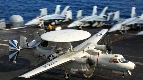 美国预警机降落航母,阻拦索被崩断,当场扫断8人双腿