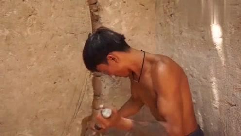 这才是牛人,在野外建造地下鬼屋,你敢去住吗?
