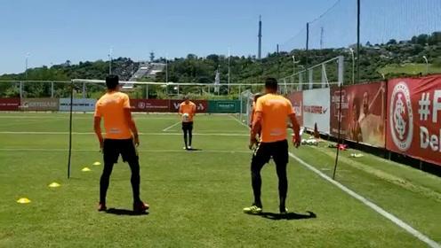 巴西国际球员队内训练