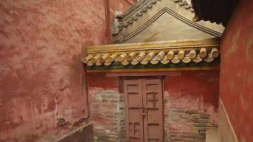 故宫被锁住的门后,有着什么样的场景?难怪一直没对外开放!