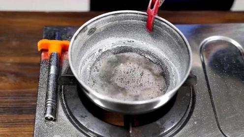汗液蒸发之后会留下什么?看完这个实验,知道主要成分是啥了