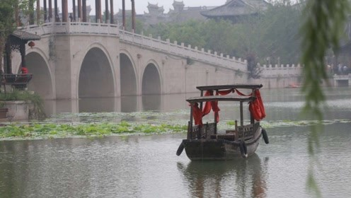 """河南耗资120亿打造""""江南水乡"""",门票只需50元,为何少有人去"""