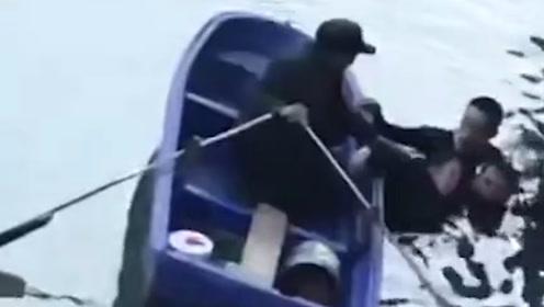 扬州一女孩因学习问题跳河轻生,两名外卖员合力将其救起