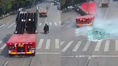 被死神放过的人!骑车人突被一货车玻璃埋住 被救出后竟安然无恙