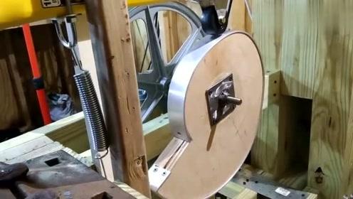 牛人制作的这款工具真让人羡慕,好想要一个!