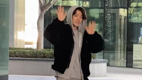 金宇彬癌症康复后复出开粉丝会 好友李光洙等到场