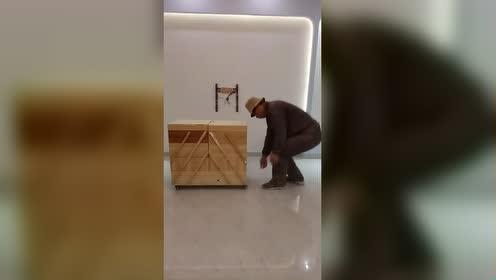 看大叔制作的工具箱如何、不错吧!