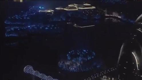国内夜景排名前三的城市,第三名实至名归,第一全世界都公认为不夜城