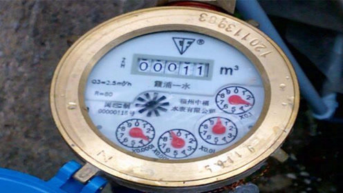 每月水费翻倍交?招一根绳子,教你省水技巧,每月能省不少水费钱