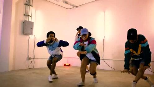 舞蹈夫妇律动编舞,这对夫妇是变撒狗粮边跳的舞啊!