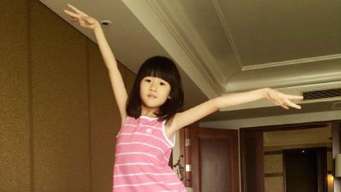 陆毅女儿不仅是大长腿,她的这双手才是惊艳到我