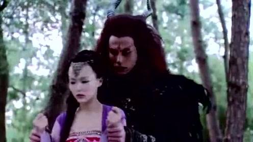 魔尊重楼彻底爱上紫萱,紫萱却要他离自己远点