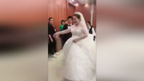 神奇结婚变身术,新娘照片和本人的差别