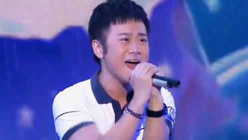 李玉刚大徒弟太会唱了,一首《雨花石》让观众鼓掌、评委惊叹!