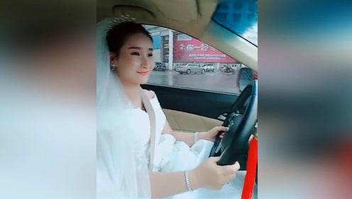 霸气新娘自己开车出嫁!现在妹子都这么主动了?