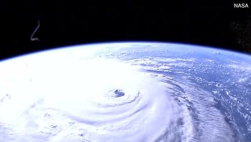 震撼!太空中看飓风佛罗伦萨  巨大暴风眼犹如电影桥段