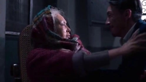 朱茵自我挑战恐怖片变身苍老妇人,拍摄现场遇灵异事件