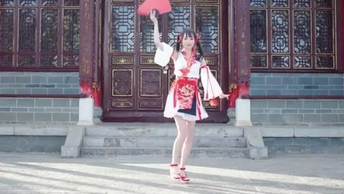 超美小姐姐汉服跳《寄明月》,美妙舞蹈配上流畅的动作,完美!