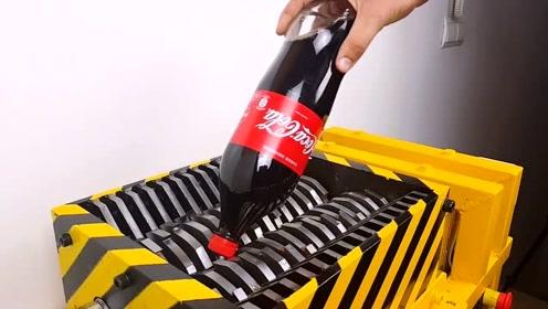 将大瓶碳酸饮料摇匀,放进绞碎机里,会发生爆炸吗?