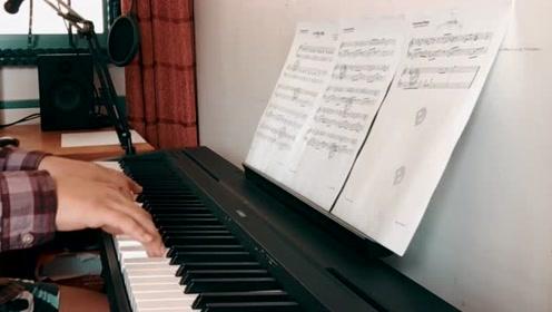 金玟岐《岁月神偷》简易钢琴