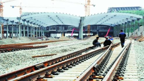 高铁上废弃的钢轨不能重新冶炼,那要怎么处理掉?看完佩服国家