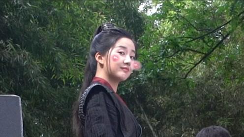 """《白发》独家花絮:陈欣予经超对戏""""爱情""""既视感"""