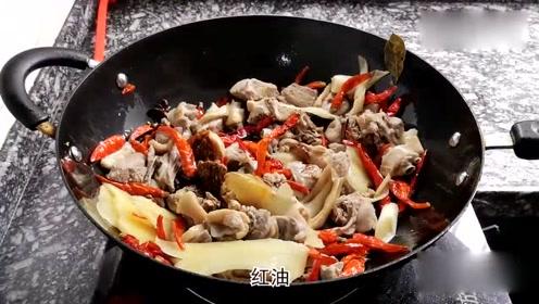 大厨教你啤酒鸭的家常做法,比饭店买的还好吃,出锅看着就馋了!