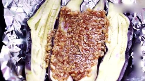 烤茄子试试这样做,摆脱微波炉,裹上酱料简单一做没想到这么好吃