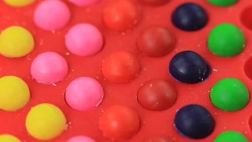 好可爱的彩虹糖蜡笔啊,趣味学习用品diy,这种糖果你喜欢吗?