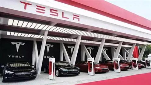 特斯拉CEO马斯克:首批Model 3已运抵英国