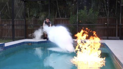 趣味实验:燃烧能力超强的乙醚,液氮能在水面将其扑灭吗?