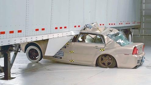 卡车加装防护架有多重要?看完碰撞测试,才是啥是最后一根稻草!