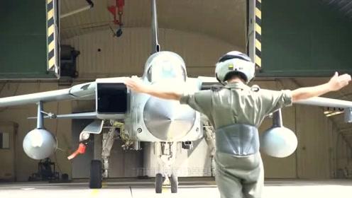 战斗机中的巨人,翼展近10层楼,时速每小时2000多千米