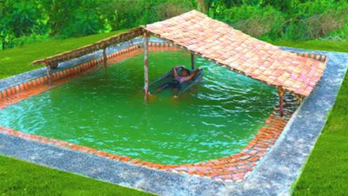 小伙隐居山林,徒手挖了个游泳池,感觉像到了夏威夷!