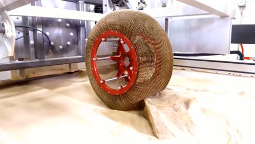 世界首个钢丝轮胎问世,号称永不爆胎,开着上路绝对安全