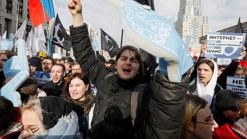 上万俄罗斯人联名抵制中国游人,理由令人哭笑不得,网友:做的好