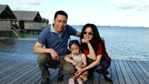 有一种清新脱俗叫赵薇的女儿,全身无名牌,网友:靠气质取胜!
