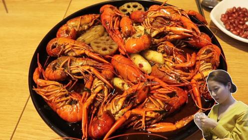 韩国人第一次吃麻辣小龙虾,竟不知道如何剥壳! 倍儿想吃