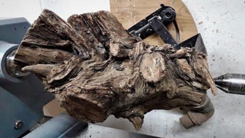 只能当柴烧的废料,遇上顶级木雕大师后,惊艳蜕变!