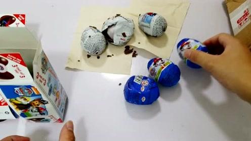 """50元网购进口""""奇趣蛋"""",打开太失望,蛋全碎了,谁的责任"""