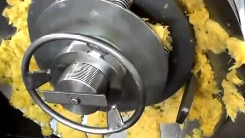 趣味实验:工厂实拍菠萝汁生产全过程,看完你还敢喝?