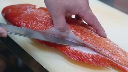 日本鼓励人们吃这种鱼,当厨师做成美食后,网友:不用鼓励也想吃