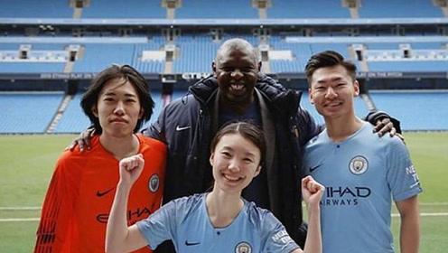 白岩松儿子近况,21岁成国外足球赛事主播,自曝梦想从事历史